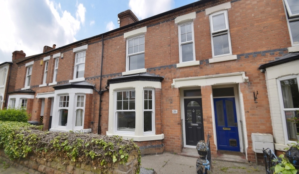 Three-bedroom terraced house for sale in West Bridgford