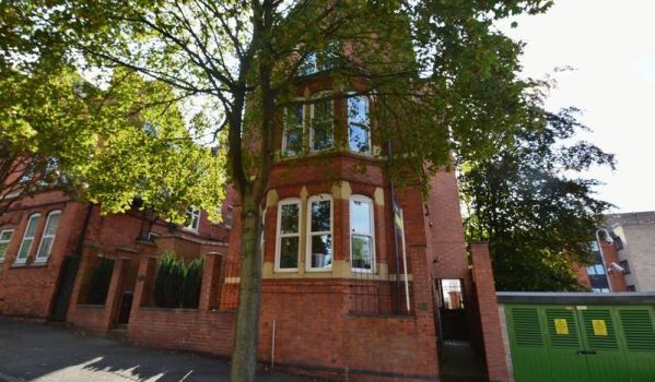 One-bedroom apartment in Mapperley Park