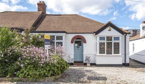Bungalow in New Eltham