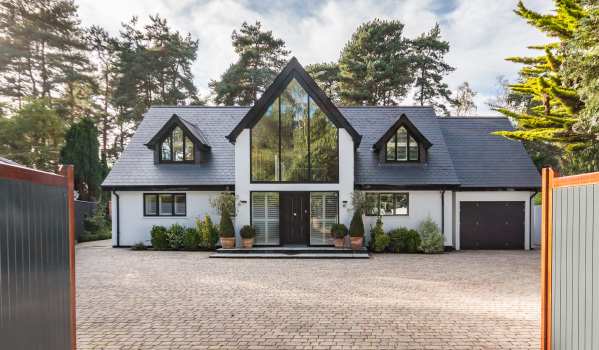 Four-bedroom detached house in Ringwood