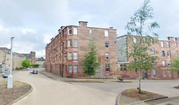 Flat for sale in Glasgow for £10,000
