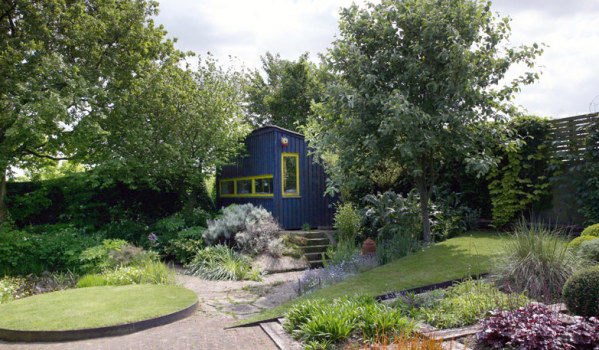 A garden office for home working