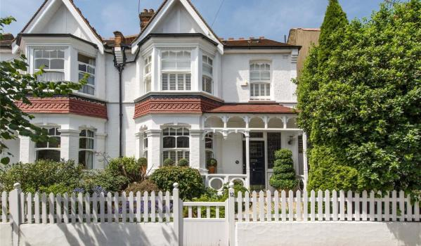 Semi detached Edwardian home in London
